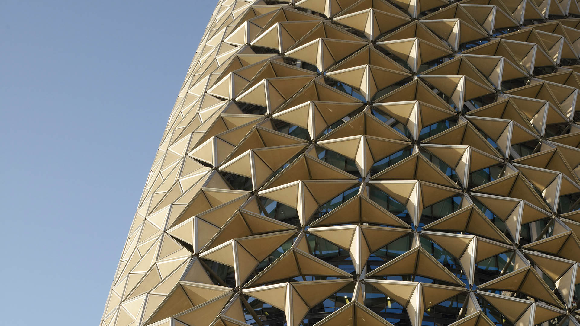 Al Bahr Towers Office Amp Workplace Ahr Architects And