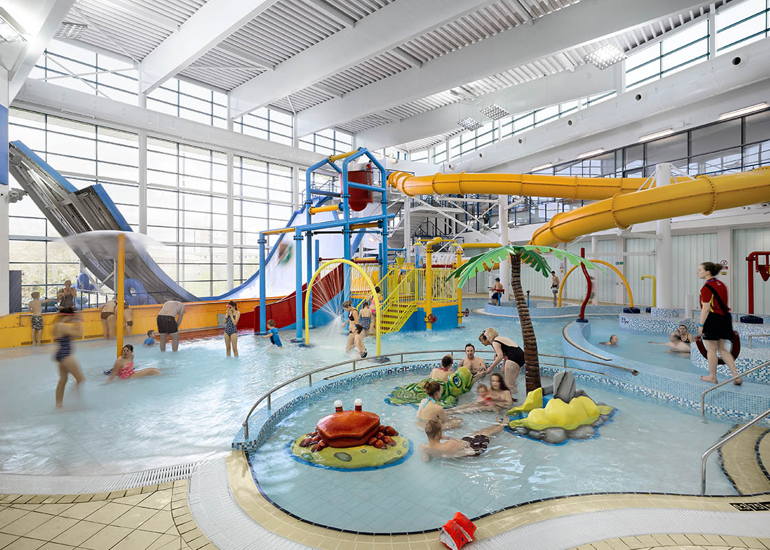Huddersfield leisure centre civic community ahr - Swimming pools with slides in yorkshire ...